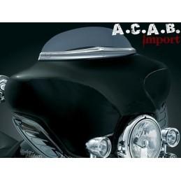 Enjoliveur Kuryakyn chromé de pare brise pour Tourer Harley Davidson